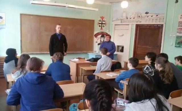 Судиславскую СОШ посетил выпускник школы Александр Копылов