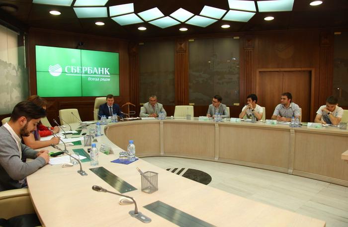 В Воронеже состоялся брифинг заместителя Председателя Центрально-Черноземного банка ПАО Сбербанк Дениса Баленко