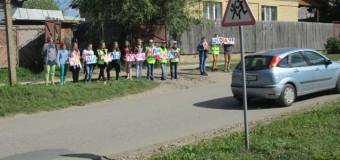 Госавтоинспекторы Судиславского района  напомнили водителям в преддверии нового учебного года о детской дорожной безопасности