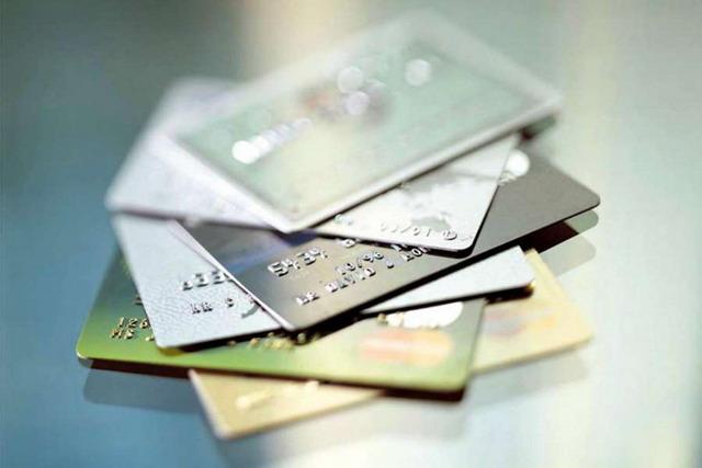 Портфель активных молодежных дебетовых карт Сбербанка превысил 4,3 млн.