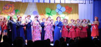 8 марта в ДНТД звучали слова признания в любви всем женщинам Судиславского района