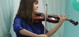 «Найди себя» конкурс-олимпиада инструментального и вокального творчества, в котором от Судиславской ДМШ выступила Анастасия Кудрякова.