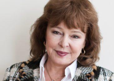 Лана Роговская насытила свой роман Роговской «Смерть у дольмена» элементами мистики