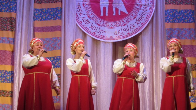 Два народных коллектива из Судиславля приняли участие в фестивале национальных культур «Исток дружбы»