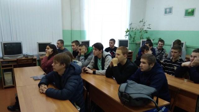 В филиале Костромского автодорожного колледжа п. Судиславль проведена беседа среди учащихся 1 курсов «Здоровый я – здоровое общество»