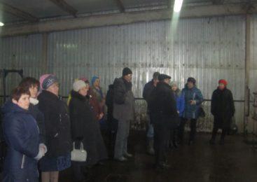 В рамках обмена опытом делегация из Судиславского района посетила сельскохозяйственные предприятия Островского муниципального района