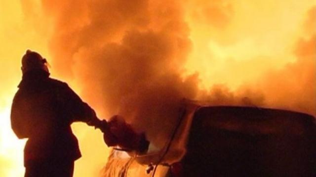 Ночью в Судиславском районе сгорел Volkswagen Passat