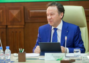 Владимир Салмин провел пресс-конференцию для журналистов региональных СМИ