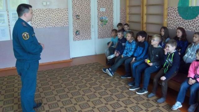 В социально-реабилитационном центре «Теремок» в поселке Раслово прошёл День безопасности