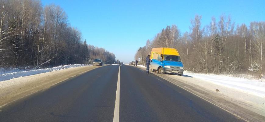 В Судиславском районе столкнулись два автомобиля